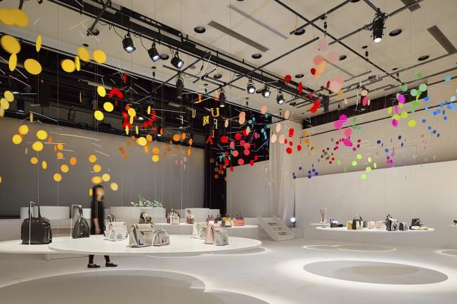 17_emmanuelle_moureaux_100_colors_5_DANCE